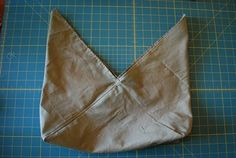 "coco stitch: simple ""azuma bukuro bag"" tutorial - even easier bento bag pattern - one rectangle! if i ever get that sewing machine - this will be the pattern to follow"