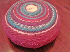 Puff's de lana en telar y crochet