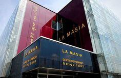 Welcome to Blog Xploral: Barcelona's La Masia still 'very important' despit...