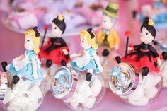 Festa de 1 ano de Alice   Decoração   Festa de  aniversário    Tema: Alice no País das Maravilhas