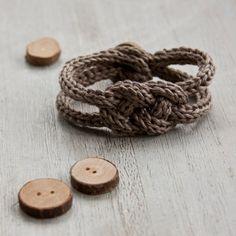 Bracelet de tricotin tressé en lin naturel