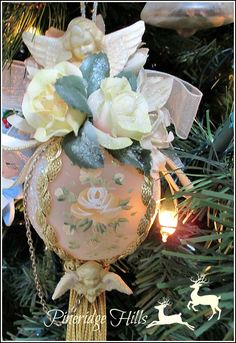 Hand painted victorian ornament Pineridgehills.com