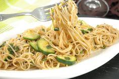 Essen ist auch immer gut für die Seele ;) ... #veganglutenfrei #zucchini #thaistyle #umgekochtde