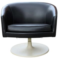 Rare Jens Risom Swivel Chair | 1stdibs.com