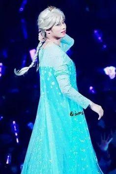 Queen Elsa-HeeChul
