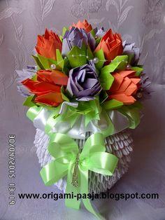 www.origami-pasja.blogspot.com: Wazon z kwiatami lotos - origami modułowe.