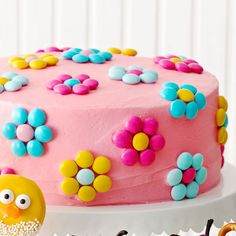 Ingredients Cake 2 cups cake flour (not self-rising) 1 cups sugar 1 tablespoon plus tsp baking powder Birthday Cake With Flowers, Birthday Cake Girls, Flower Birthday, Birthday Kids, Circle Cake, Easy Cake Decorating, Decorating Ideas, Spring Desserts, Round Cake Pans