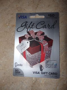 New Age Mama: Treat Your Favorite Graduate to a Vanilla Visa Gift Card