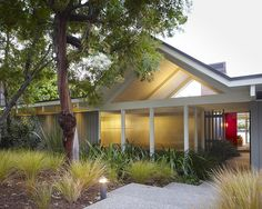 Mid Century Modern Ranch Style House Design, Pictures, Remodel, Decor and Ideas - page 4