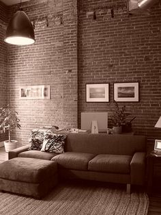 Ohh yeah! My dream is to have somewhere in my apartment a brick wall to put up my art!