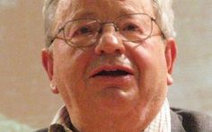 Grandi uomini, grandi scienziati: Emilio Del Giudice Emilio Del Giudice (Napoli, 1º gennaio 1940 – Milano, 31 gennaio 2014) è stato un fisico italiano che ha lavorato nel campo della materia condensata. Fisico teorico e pioniere della teoria delle stri