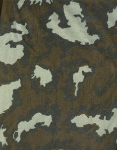 """Soviet pattern from Hollywood film """"Red Dawn"""" Film Red, Camouflage Patterns, Military Camouflage, Military Insignia, Military Uniforms, Camo Print, Cold War, Counter, Hardware"""