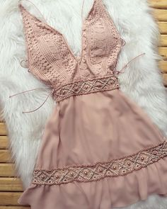 Pin by Barbara Magalhaes on Womens fashion in 2019 Sexy Formal Dresses, Event Dresses, Cute Dresses, Short Dresses, Textiles Y Moda, Trendy Outfits, Cute Outfits, Dress Skirt, Dress Up