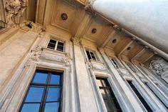 Quantos detalhes arquitetônicos no Museu do Café!