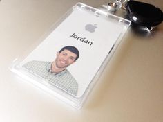 Former Apple designer explains why he quit his dream job Id Card Design, Id Design, Badge Design, Card Designs, Bad Apple, Apple New, Angry Birds, Employee Id Card, Company Id