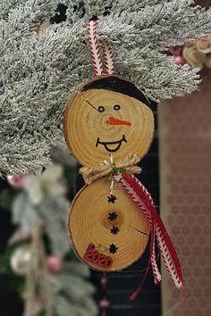 Φέτος φτιάξτε γούρια μαζί με τα παιδιά. Δείτε τι υ΄λικά θα χρειαστείτε και μερικές ιδέες ακόμα στο άρθρο μας. #γουρια #γουρια2020 #gouria2020 #xmascharms #xmas2020 #christmas2020 #diyxmas #gouria #barkasgr #barkas #afoibarka #μπαρκας #αφοιμπαρκα #imaginecreategr Diy Xmas, Christmas Ornaments, Antiques, Create, Holiday Decor, Antique Dressers, Home Decor, Antiquities, Antique