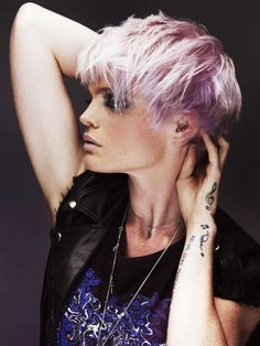 Love the cut and the color, possibly because I've had this style ;) Pink, purple, lavender-ish pastel hair in short-ish cut // Tahlya Loveday captures the essence of cool Hair: Tahlya Loveday Make-up: Keli Parkes Styling: Lucy Stevens Photography: Karla Majnaric