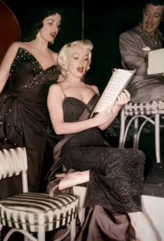 "MM & Jane Russell rehearse for a song in ""Gentlemen Prefer Blondes"" 1953"