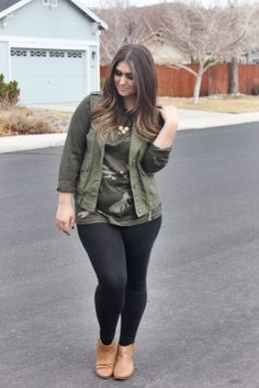 camo and military green utility vest outfit with tan leather booties and wooden geometric necklace
