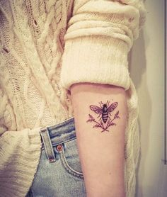 What does bee tattoo mean? We have bee tattoo ideas, designs, symbolism and we explain the meaning behind the tattoo. Pretty Tattoos, Beautiful Tattoos, Cool Tattoos, Tatoos, Forearm Tattoos, Body Art Tattoos, Small Tattoos, Female Forearm Tattoo, Tattoo Spine