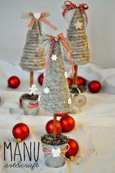 Country Whisper: lana arrotolata su coni di polistirolo. Alberi natale / Christmas trees: