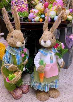 Happy Easter Sunday, Easter Table Decorations, Easter Season, Easter Celebration, Easter Holidays, Vintage Easter, Easter Wreaths, Easter Crafts, Rabbits