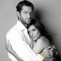 With all due respect, dear Mariska, I want to say that I want a husband like Peter Hermann  This man is so sweet, these two have so much love❤ .  #MariskaHargitay #PeterHermann #TBT #Petska #Goals  Have a fantastic day lovelies