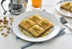 Baclava turceasca (CC Eng Sub) Spanakopita, Apple Pie, French Toast, Deserts, Breakfast, Ethnic Recipes, Food, Youtube, Kitchens