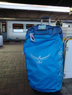 GEAR | Osprey Rolling Transporter 120 Luggage Review #osprey #walking suitcase #pack #luggage #bags #travel #case#rucksack