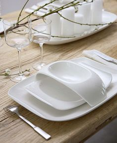 Urban Nature - Villeroy & Boch Dinnerware I love this set! Simple and elegant.  For someday... when I have my own place