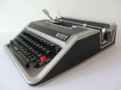 RARE Olivetti Lettera DL Portable Typewriter FULLY WORKING + FULLY SERVICED