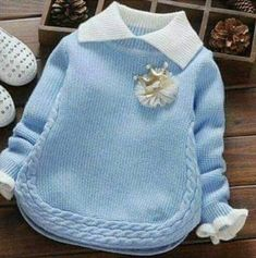 Örgü Burgulu Kazak Yapılışı Best Picture For Crochet poncho For Your Taste You are looking for something, and it is going to tell you exactly. Baby Cardigan, Baby Pullover, Crochet Wool, Diy Crochet, Crochet Baby, Knitting Blogs, Baby Knitting Patterns, Baby Sweaters, Girls Sweaters