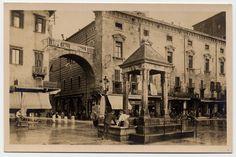 Verona  Piazza Erbe con la berlina o edicola in cui sono conservate le unità di misura per le varie merci. SAGID - Search Search
