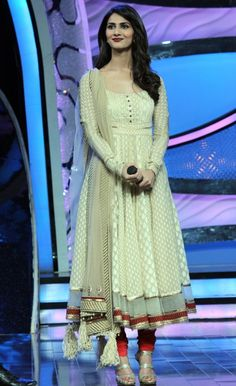 Vaani Kapoor  in Beautiful White / Golden / Cream Colour Traditional Dress