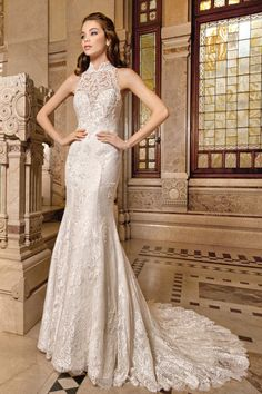 An immaculate #lace neckline on the 1487 gown from @demetriosbride