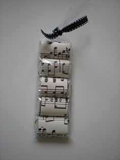 Cute piano recital favor - Hershey bars wrapped in music