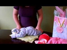 How to make a diaper baby - Sleeping Baby (Diaper Cake)... great video tutorial, so cute!