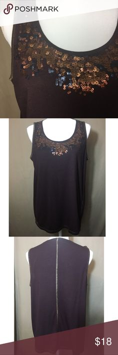 a7b7e2dccfd Simply Vera Wang sequined tank Beautiful sequel Ned tank with h metallic  gold trim. All