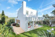 Estudi d'Arquitectura Cobo del Arco. Costa Brava. Begur. Bonita casa mirador. Fechada lateral