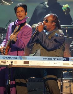 Prince performed with Stevie Wonder at the 2006 BET Awards.