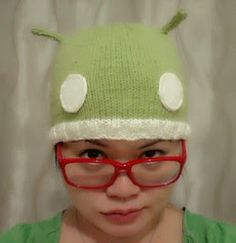 Funny Android Hat Pattern | Knitting Directory  This is a great fun hat for those who want to show their allegiance to the android operating system, or for those who just want a warm knitted hat!