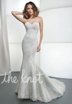 Lace wedding dress with low back   Demetrios 1443   http://trib.al/Derz6xY