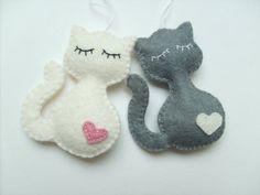 Gato fieltro adorno Navidad kitty decoración para el hogar regalo para su bebé ducha lana feltro filz filc negro blanco marrón gris naranja ecológico por grabacoffee