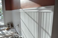 Wainscoting is a great wall application for dressing up kitchens, bathrooms, dining rooms and more. It's also a great do-it-yourselfer project because with the right tools and proper planning, anyone can achieve great results. How To Install Beadboard, Beadboard Wainscoting, Home Upgrades, Home Repairs, Home Interior Design, Home Projects, Decoration, Home Improvement, New Homes