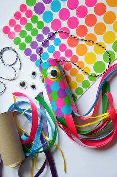 A little fish joker to make Koïnobori way for the 1 ° April … that tells you ? via Créamalice Source by Toddler Crafts, Diy Crafts For Kids, Projects For Kids, Fish Crafts, Little Fish, Spring Crafts, Woodworking Crafts, Kids And Parenting, Montessori