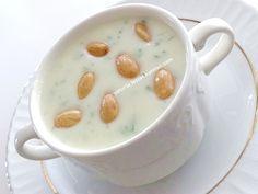 yetur'la lezzet kareleri: sütlü karnabahar çorba