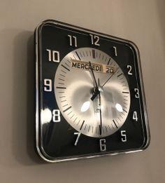 Klokker og ur | Teakmonkey Icon Design, Furniture Design, Icons, Retro, Vintage, Symbols, Vintage Comics, Retro Illustration, Ikon