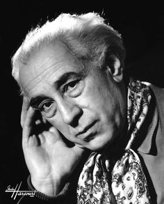 Abel Gance photographié par :fr:Studio Harcourt | Studio Harcourt Paris. | Source Studio Harcourt Paris (http://studio-harcourt.eu/)