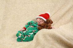 Preemie Baby Santa Hat pattern by Sandy Davis