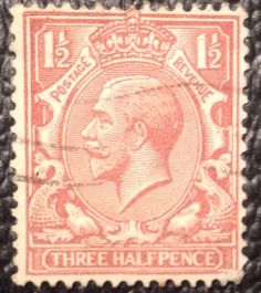 Three Half Pence 1 1/2 Postage Revenue Great Britain Postage Stamp Treasure Hunt GvR watermark with Crown photoed by Stampbanker Christian Thomas Sutter